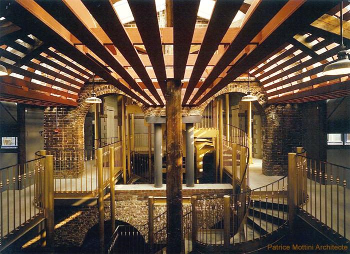 ecole d 39 architecture de normandie patrice mottini escalier central sous le chapiteau. Black Bedroom Furniture Sets. Home Design Ideas